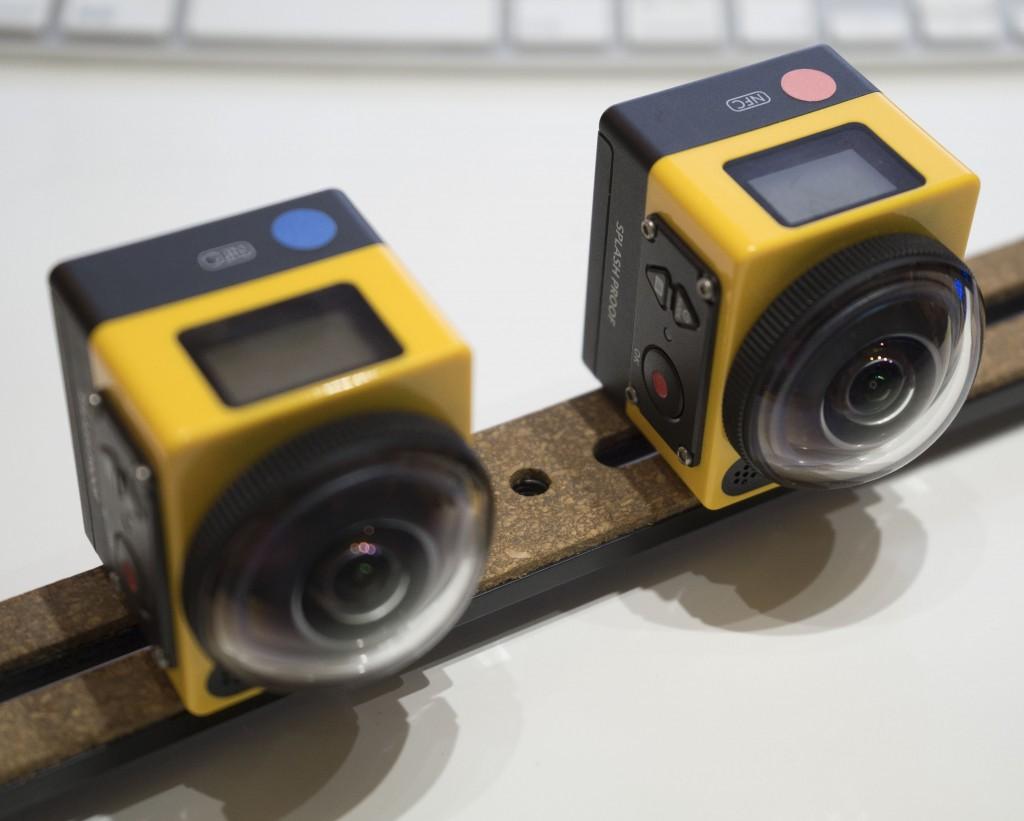 2台のSP360を横に並べる
